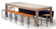 Kruk_Bo_-_tafel_met_hocker