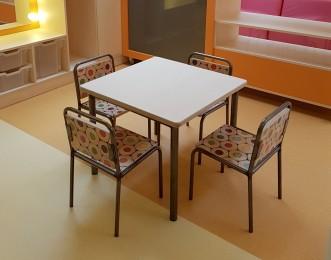 2KICK Tafel met Kinderstoel Industrie met Potloodprint 2